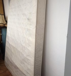 Матрас с пружинным блоком 160x200 см