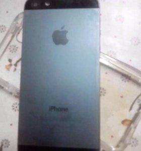 Мобильные телефон Айфон 5