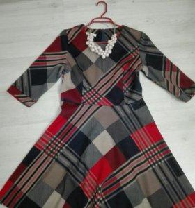 Платье новое р. 46-48