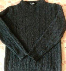 Отличный мужской свитер. 44-46