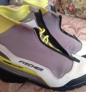 Лыжные ботинки размер 38-39