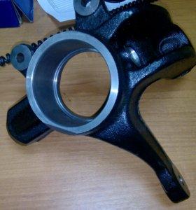 Кулак поворотный передний левый D351-33-031H