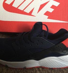 Кроссовки Nike 43размер