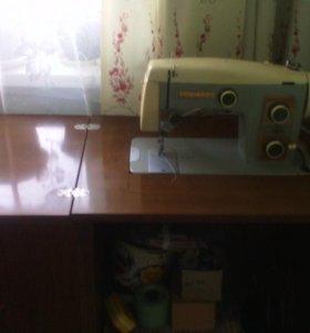 Швейная машина Веритас (Германия)