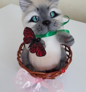 Котик к 8 марта. Валяние.