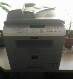 Продам принтер МФУ Workcentre PE 120I.