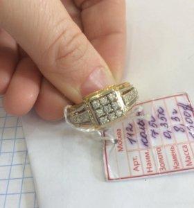 Кольцо мужское золотое с бриллиантами