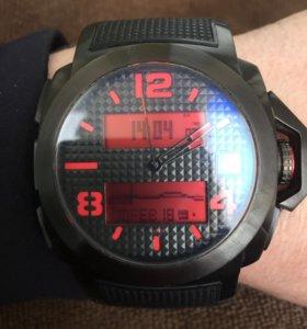 Часы *Quicksilver* Molokai.