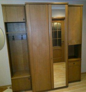 Шкаф и прихожая
