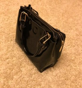 Черная кожаная сумочка 👜