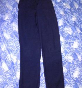 Школьные брюки на подростка.