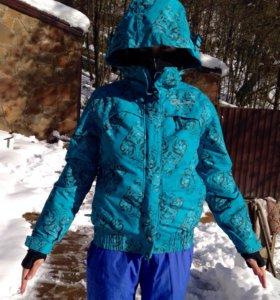 Куртки женские для зимних видов спорта
