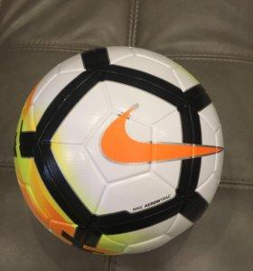 Мяч футбольный новый Nike OrdemV