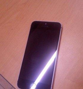 Продаю iPhone SE 32G