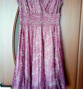 Продам платье 46 размера!