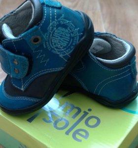 Демисезонные кожаные ботинки, 21 размер
