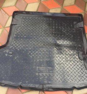 коврик-багажник