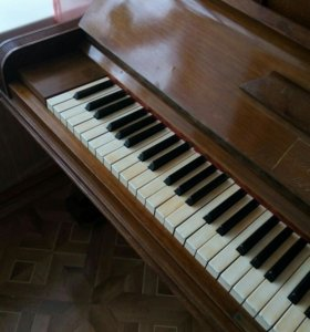 Антиквариатное пианино