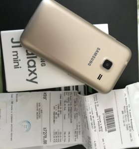 Мобильный телефон Самсунг Galaxy j1 mini