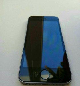 iPhone 5s 16 Gb. Идеальное состояние.