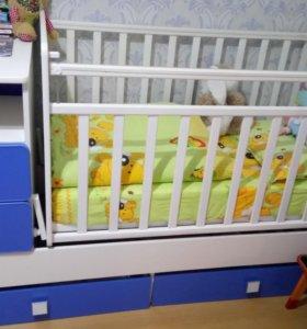 Кровать детская трансформер с маятником.