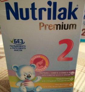 Сухая молочная смесь Nutrilak Premium