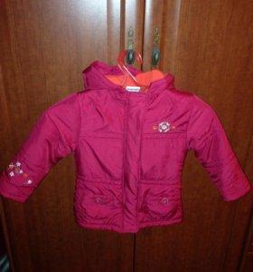 Курточка малиновая на девочку
