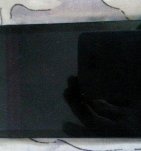 Телефон dexp ixsion x lte, есть царапина на экране