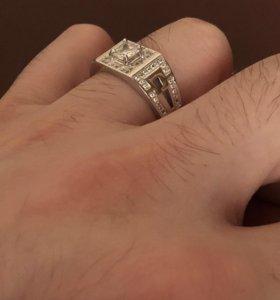 Мужской перстень серебро новый
