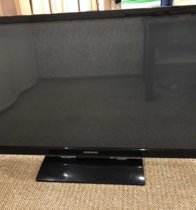 Телевизор Samsung 109 см