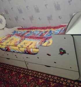 Кораблик кровать