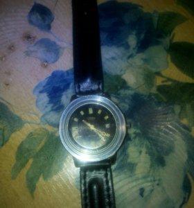Часы слава ретро