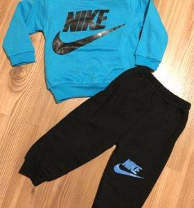 Костюм Nike ( утеплённый)