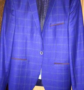 Новый фирменный пиджак