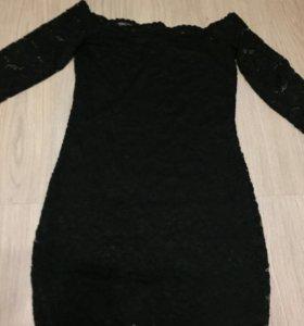 Платье кружевное чёрное