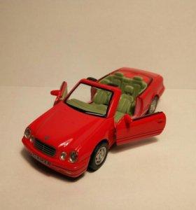 Mercedes CLK320 Cabrio 1/43