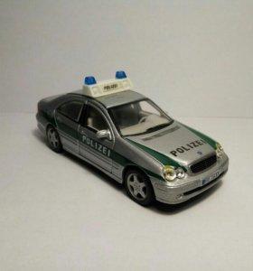 Mercedes C320 w203 Polizei 1/43