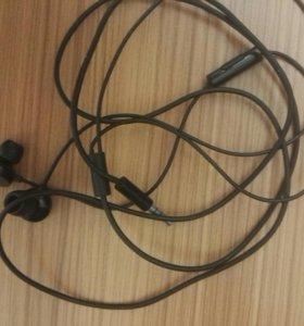Боксовые вакуумные наушники от Nokia 808