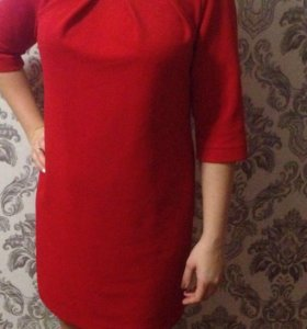 Красное платье)))