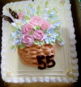 Торт с корзинкой с цветами