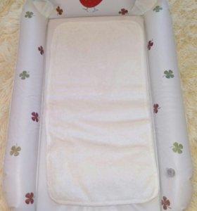 Надувной пеленальный матрасик Happy Baby