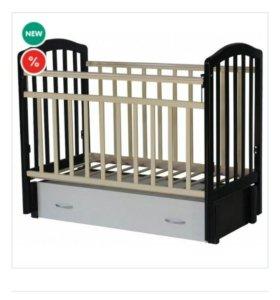 Кроватка детская, продольный маятник.