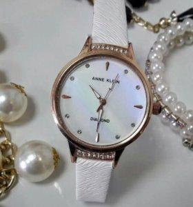 Женские часы Анне Клейн