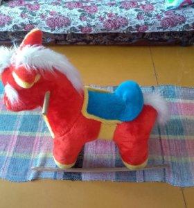 Конь качалка