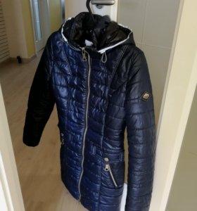 Демисезонная куртка 44рр