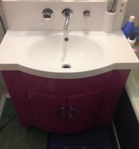 Раковина. Набор мебели для ванной