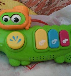 Музыкальная игрушка для ванной