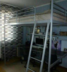 Кровать чердак сверта ИКЕА,Матрас,полка,столешница