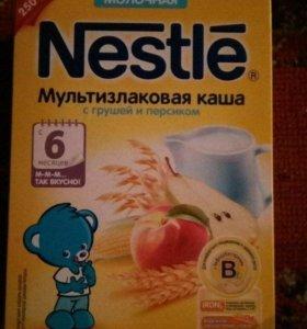 Каши детский молочные Nestle(кукурузная ,мультизл)