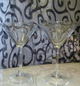 Фужеры коктельные и для мартини 6 штук.